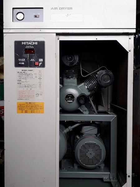bán máy nén khí cũ không dầu Hitachi 5.5 kw